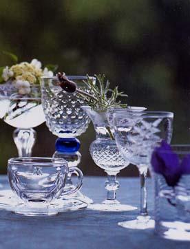 お客様一人ひとりにパーソナルグラスを供して楽しむ